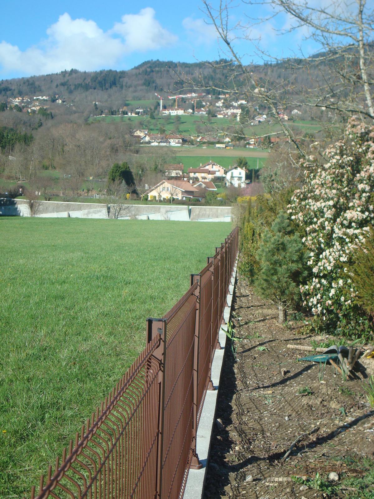 Installateur de clôture, pare-vue, claustra et barrière pour le ...
